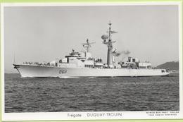 FREGATE    DUGUAY-TROUIN   / Photo Marius Bar, Toulon / Marine - Bateaux - Guerre - Militaire - Warships