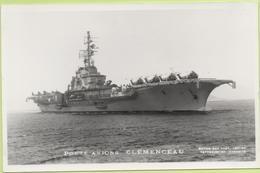 PORTE-AVIONS   CLEMENCEAU   / Photo Marius Bar, Toulon / Marine - Bateaux - Guerre - Militaire - Guerre