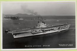 PORTE-AVIONS   FOCH   / Photo Marius Bar, Toulon / Marine - Bateaux - Guerre - Militaire - Warships