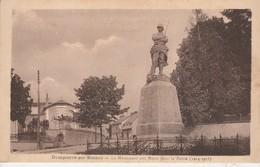 03 - DOMPIERRE SUR BESBRE - Le Monument Aux Morts Pour La Patrie - Frankrijk