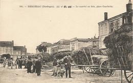 BERGERAC  ( Dordogne )  -  LE  MARCHÉ  AU  FOIN,  PLACE  GAMBETTA - Bergerac