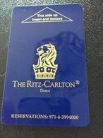 Hotelkarte Room Key Keycard Clef De Hotel Tarjeta Hotel RITZ CARLTON DUBAI - Telefonkarten