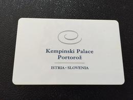 Hotelkarte Room Key Keycard Clef De Hotel Tarjeta Hotel  KEMPINSKI PALACE PORTOROZ SLOVENIA - Telefonkarten