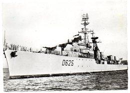 CPSM   ESCORTEUR D ESCADRE      1965              DUPETIT THOUARS - Warships