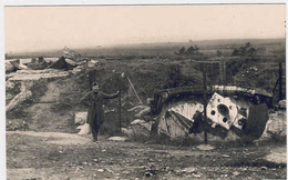 LONCIN  -  Le Fort -  A Droite Coupole Pour Obus De 21 Cm -  A Gauche Coupole Pour Un Canon De 5.7 Cm. - Guerre 1914-18