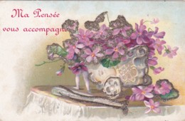 MA PENSEE VOUS ACCOMPAGNE GLITTERY EMBOSSED CARD - Holidays & Celebrations