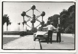 W3672 Bruxelles - Atomium - Humor - Auto Cars Voitures / Viaggiata 2007 - Monumenti, Edifici