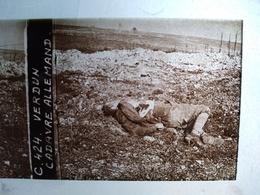 Guerre 1914-18 - VERDUN - Cadavre Allemand - Plaque De Verre StéréoscopiqueTBE - Diapositiva Su Vetro