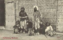 India, Native Jugglers Juggling Bear Tamer, Performing Monkeys And Bears (1910s) - India