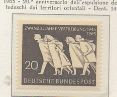 PIA - GERMANIA - 1965 : 20° Anniversario Dell' Espulsione Dei Tedeschi Dai Territori Orientali -   (Yv 346) - [7] República Federal
