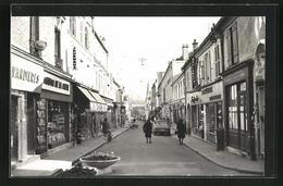 CPA Sceaux, Vue De La Rue Avec Commercesn - Sceaux