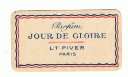 """Carte Parfumée - Parfum """" Jour De Gloire """" De L.T. PIVER Paris + Calendrier 1921/1922 (fr81) - Cartas Perfumadas"""
