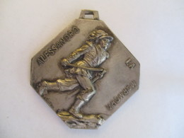 Medaglia: Torino Centenario Della Morte De Alessandro Marmora 1855 - 1955 - Italie
