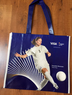 FRANCE 2019 WOMENS WORLD CUP FOOTBALL (Grand Sac) Format 42x38cm. (Eugenie Le Sommer & Dzsenifer Marozsan) Etat Neuf - Obj. 'Souvenir De'