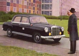 Mercedes-Benz 190D Taxi  -  CPM - Taxis & Cabs