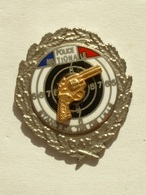 Pin's  POLICE NATIONALE - STAND DE TIR DE LILLE - Police