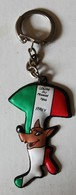 Porte Clefs Football 1966 Coupe Du Monde Angleterre équipe D'Italie Italy Italia Cup Pub Chocolat Cantaloup - Apparel, Souvenirs & Other