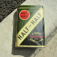 BOITE PLEINE  DE TABAC A PIPE US MILITARY HALF And HALF - 1939-45