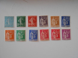 FRANCE YT 360/371TIMBRES D'USAGE COURANT** - Frankreich