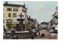 88 Remiremont La Fontaine Monumentale Vieille Voiture Auto Automobile CPSM GF Edit Estel N°7359 - Remiremont
