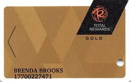 Harrah's Casino Multi-Property - TR Gold Slot Card @2017 With C4-00266583B - Casino Cards