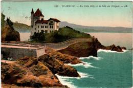 31pl 137 CPA - BIARRITZ - LA VILLA ET LA COTE DES BASQUES - Biarritz