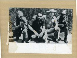 Photo Originale . Le Colonel  CALLAN Dit   KOSTAS GEORGIOU  Accusé D'avoir Tué 14 Mercenaires Britaniques En  ANGOLA - Guerra, Militari