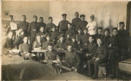 CARTE PHOTO SLOVAKEI 1927-1929 SOLDATS VOIR LES 2 SCANS - Slovaquie