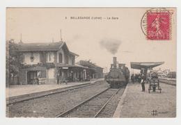 NO85 - BELLEGARDE - La Gare - Arrivée Du Train - Francia