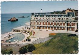 Biarritz - L'Hotel Du Palais Et La Piscine - Biarritz