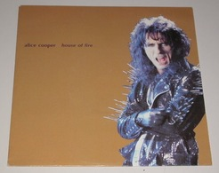 Alice Cooper 45t House Of Fire Epic 1989 Holland) EX M - Hard Rock & Metal