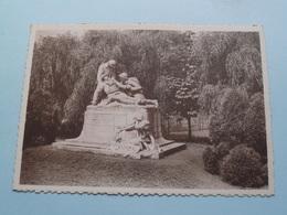 DEURNE Het Standbeeld Der Gesneuvelden 1914-18 (Thill ) Anno 19?? ( Zie Photo ) ! - Antwerpen