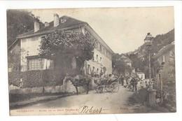 23064  - Vuiteboeuf Hôtel De La Croix Fédérale Calèche Et Cycliste - VD Vaud