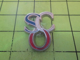1015b Pin's Pins / Beau Et Rare : THEME SPORTS / CLUB SCO AUX COULEURS DE LA FRANCE - Badges