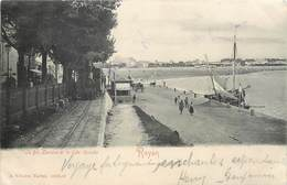 CPA 17 Charente Maritime Inférieure Royan Le Bd Boulevard Lessore Et La Grande Gde. Conche Bateau Train Locomotive - Royan