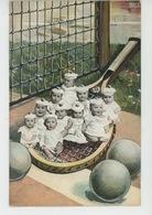 ENFANTS - BEBES - Jolie Carte Fantaisie Bébés Sur Raquette De Tennis - Bébés
