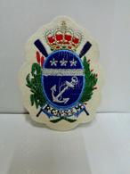 Badge En Tissu Brodé Du Royal Club Nautique Sambre & Meuse  (blason Crée Par Félicien Rops à L'origine) - Aviron
