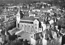 EGLETONS - L'Eglise Et La Mairie - Egletons