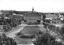 EGLETONS - Lycée Municipal - Groupe Scolaire Albert Thomas - Egletons