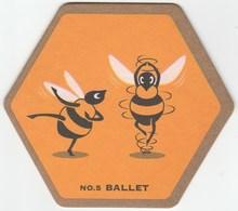UNUSED BEERMAT - YOUNG'S BREWERY - (WANDSWORTH, ENGLAND) - WAGGLEDANCE - BALLET - (Cat No 074) - (2001) - Bierviltjes