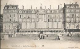 CPA 270- CALVADOS --  TROUVILLE L'Hotel Des Roches Noires - France
