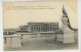 LE TREPORT - LES TERRASSES - Le Paon Des Terrasses Et Le Grand Hôtel En Construction - Le Treport