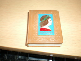 Mini Book M Galeotto Jellemvonasok Patria Nyomda 184 Szamozott Peldan 176 Pages - Other