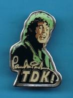 1 PIN'S  //    ** TDK ! / PAUL McCARTNEY ** . (TDK) - Música