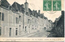 N°73885 -cpa Preuilly Sur Claise -rue Des Pavillons- - Francia