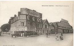 """DEAUVILLE ( 14 )  -  DEAUVIL ' HOTEL  /  Panneaux  Publicité :  Bières  """" La Meuse """", Peugeot  / Garage Pompes à Essence - Deauville"""