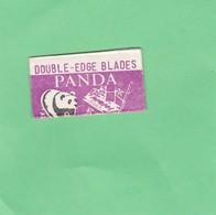 PANDA, DOUBLE EDGE BLADES. MADE IN CHINA. CIRCA 1940'S. RAZOR BLADE LAME DE RAISOR HOJA DE AFEITAR - BLEUP - Scheermesjes