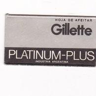 GILLETTE PLATINUM PLUS, INDUSTRIA ARGENTINA- CIRCA 1940'S. RAZOR BLADE LAME DE RAISOR HOJA DE AFEITAR - BLEUP - Scheermesjes