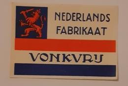 VONKVRIJ - Matchbox Labels