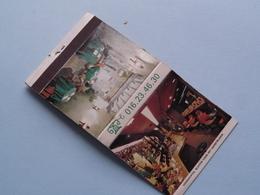LEUVEN Oude Markt 11 > La TANA Di PARMA ( Universal Match St. Louis, MO, USA > Zie Foto's Voor Detail ) ! - Boites D'allumettes